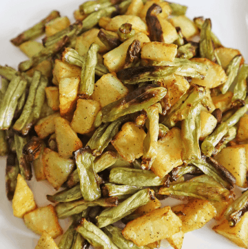 Potatoes and green beans in Air Fryer