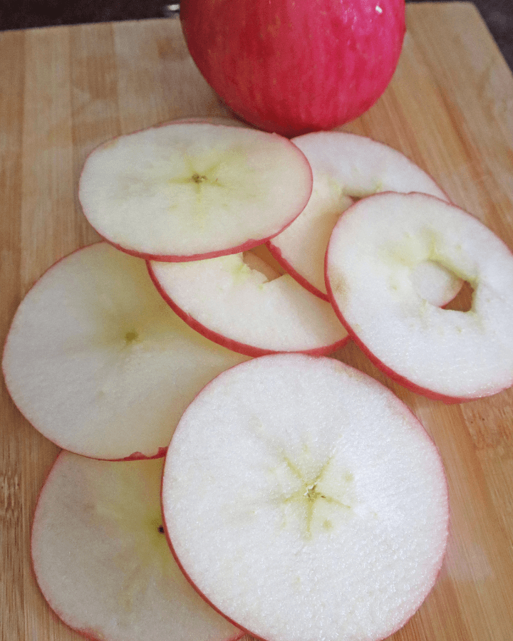making apple chips with air fryer